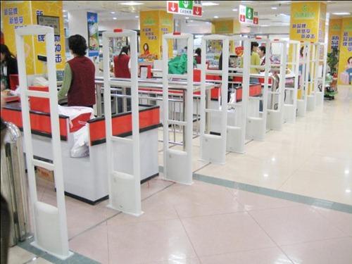每个收银台出口安装超市防盗检测天线
